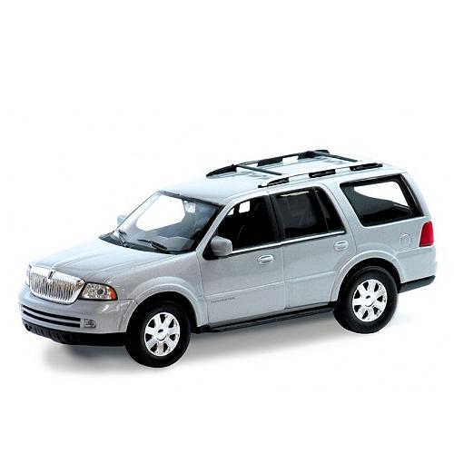 Коллекционная машинка Ford Navigator 2005, масштаб 1:35Ford<br>Коллекционная машинка Ford Navigator 2005, масштаб 1:35<br>