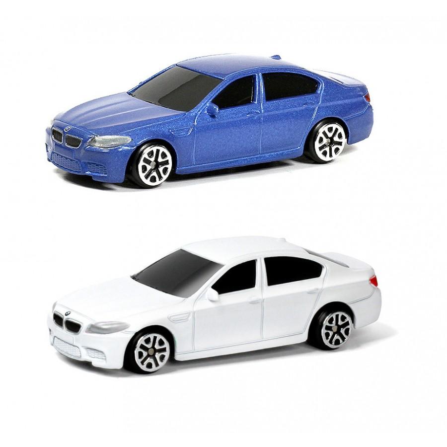 Машина металлическая RMZ City - BMW M5, 1:64, цвет синий / белыйBMW<br>Машина металлическая RMZ City - BMW M5, 1:64, цвет синий / белый<br>