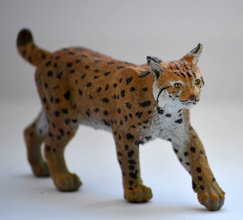 ножи реалистичные животные фигурки фото на улице какой-то