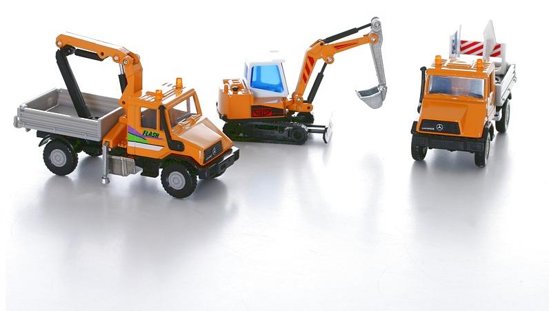 Игровой набор машинок Строительная техника, 3 предметаБетономешалки, строительная техника<br>Игровой набор машинок Строительная техника, 3 предмета<br>