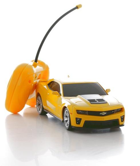 Радиоуправляемая модель машины 1:24 Chevrolet Camaro ZL1 от Toyway