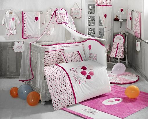 Комплект постельного белья из 6 предметов серии Happy Birthday, цвет – розовыйДетское постельное белье<br>Комплект постельного белья из 6 предметов серии Happy Birthday, цвет – розовый<br>