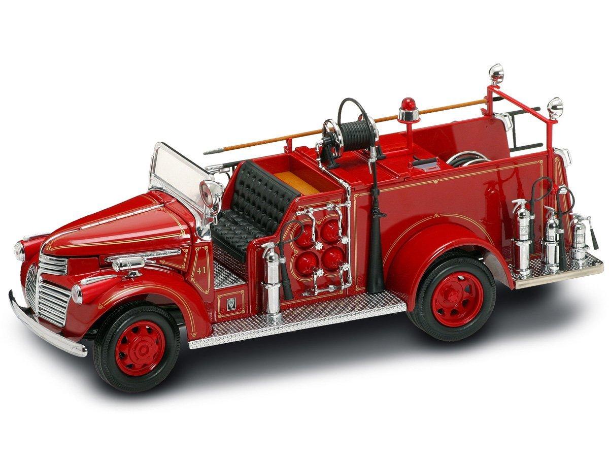 Коллекционный автомобиль - пожарная машина GMC образца 1941 г., красная, масштаб 1:24Пожарная техника, машины<br>Коллекционный автомобиль - пожарная машина GMC образца 1941 г., красная, масштаб 1:24<br>