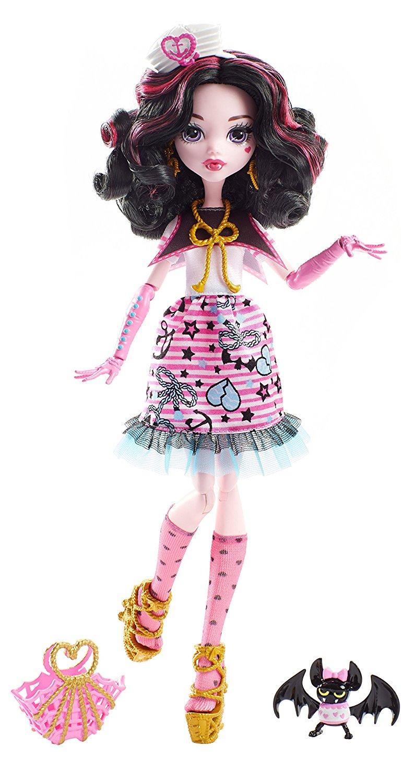 Кукла Monster High Кораблекрушение – Дракулаура с питомцем, 28 смКуклы Ever After High и Monster High<br>Кукла Monster High Кораблекрушение – Дракулаура с питомцем, 28 см<br>