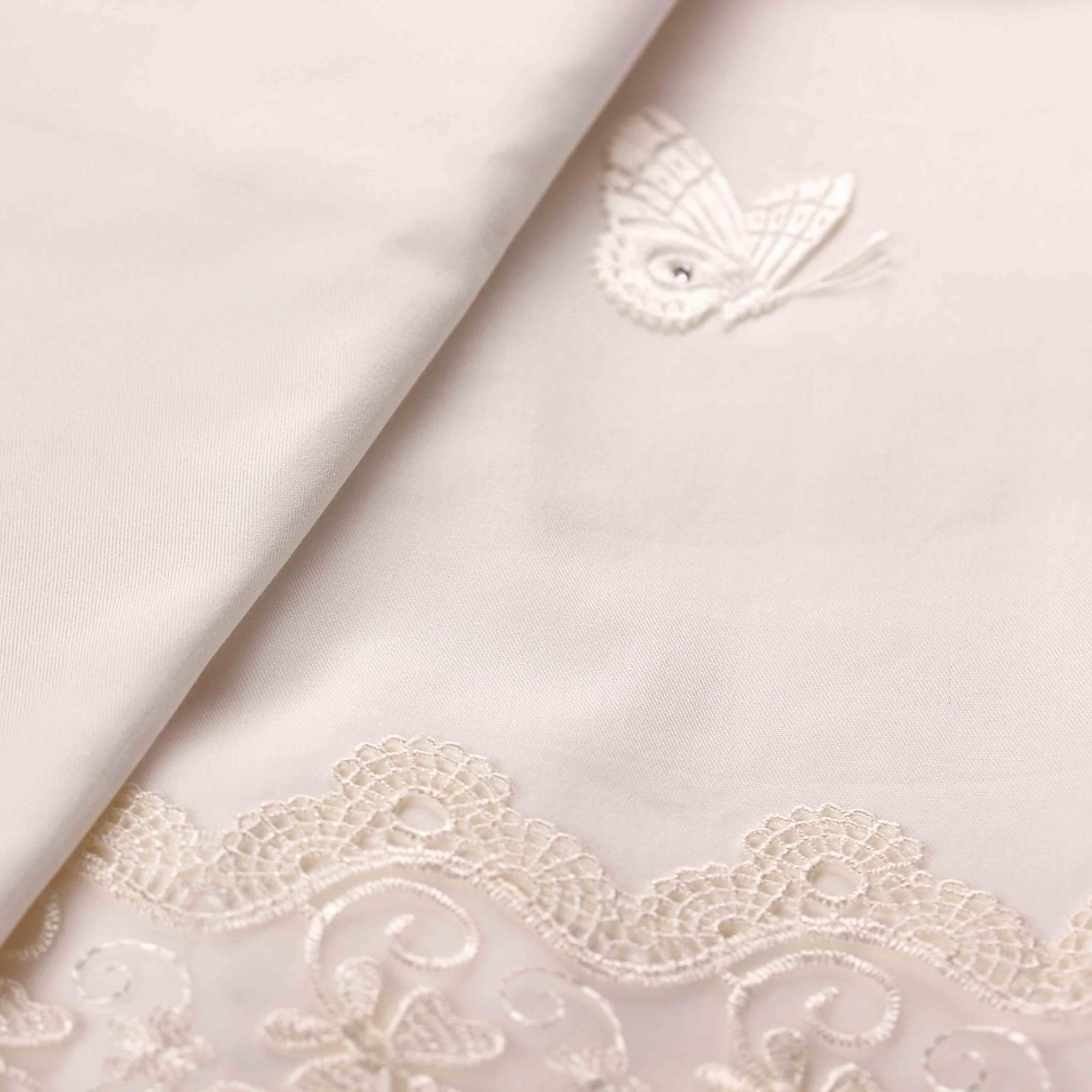 Комплект в кроватку - Due Orsi, 9 предметовДетское постельное белье<br>Комплект в кроватку - Due Orsi, 9 предметов<br>
