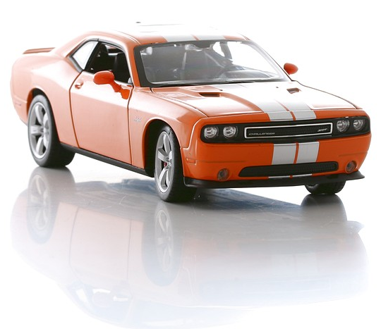 Модель машины Dodge Challenger SRT, 1:24 от Toyway