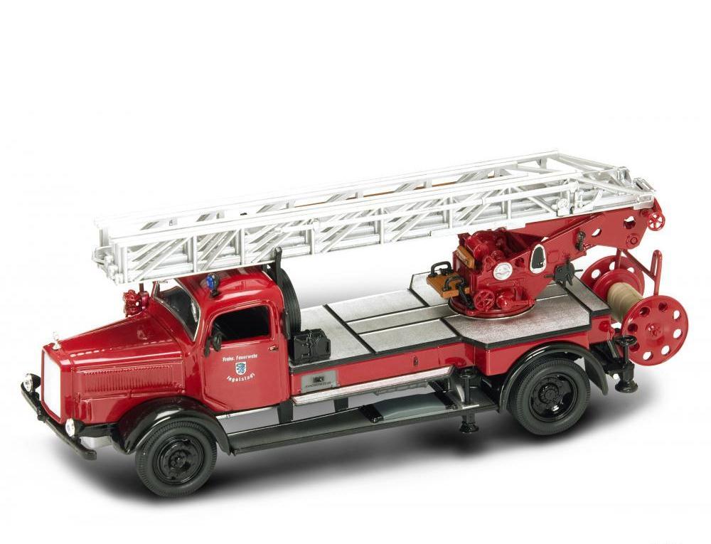 Модель пожарного автомобиля Мерседес L4500F, образца 1944 года, масштаб 1/43Пожарная техника, машины<br>Модель пожарного автомобиля Мерседес L4500F, образца 1944 года, масштаб 1/43<br>