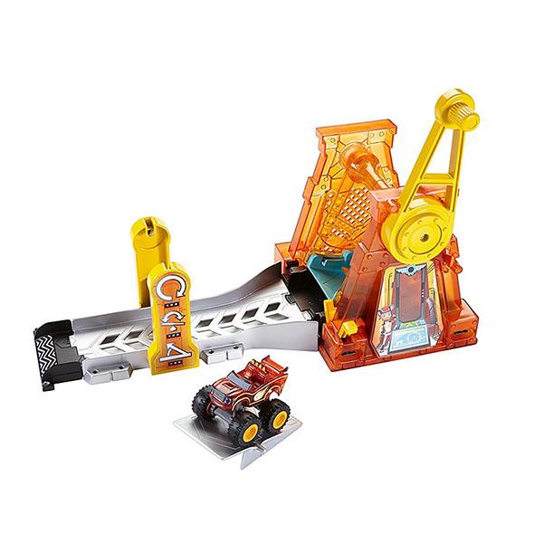 Игровой набор - ГиперпетляВспыш и чудо-машинки<br>Игровой набор - Гиперпетля<br>