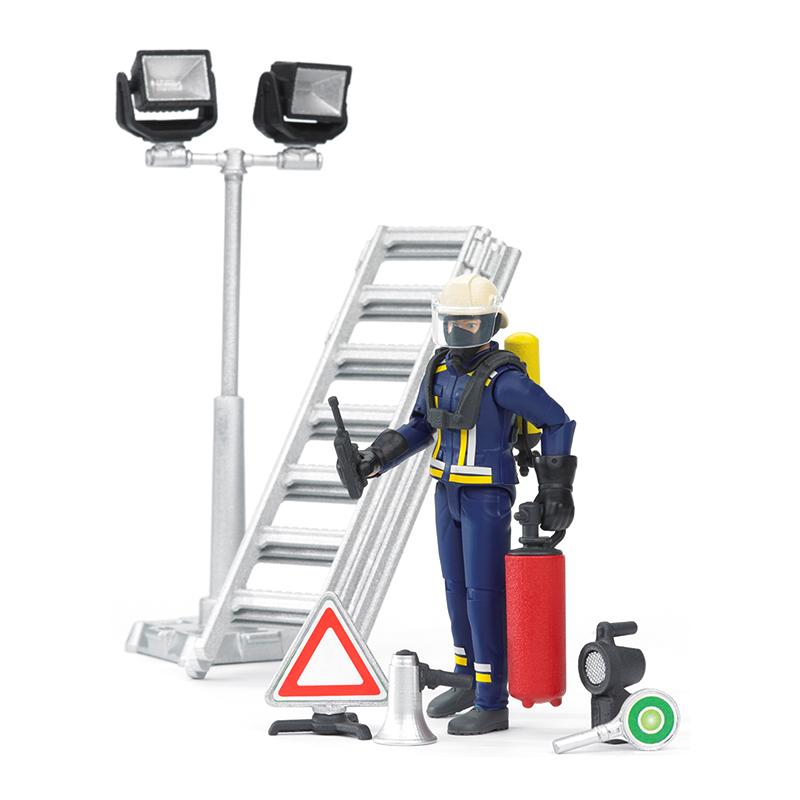 Игровой набор  фигурка пожарного с аксессуарами - Игрушки Bruder, артикул: 96616