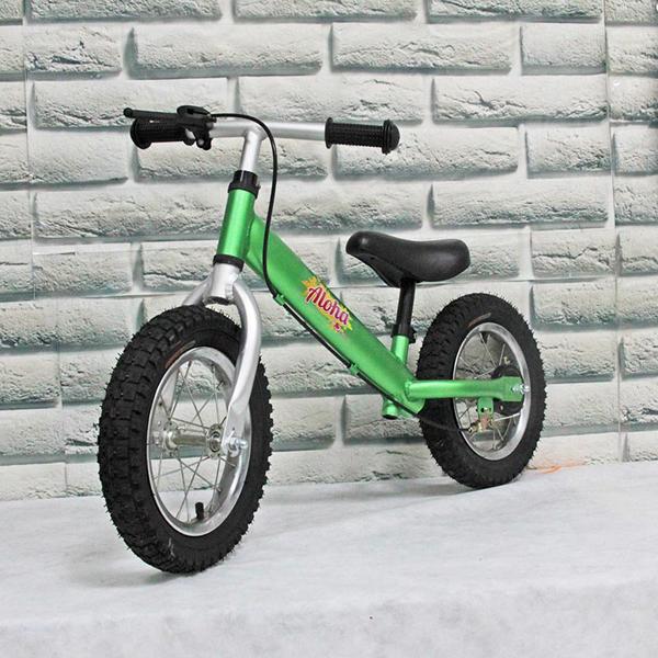 Детский зеленый беговел. Aloha
