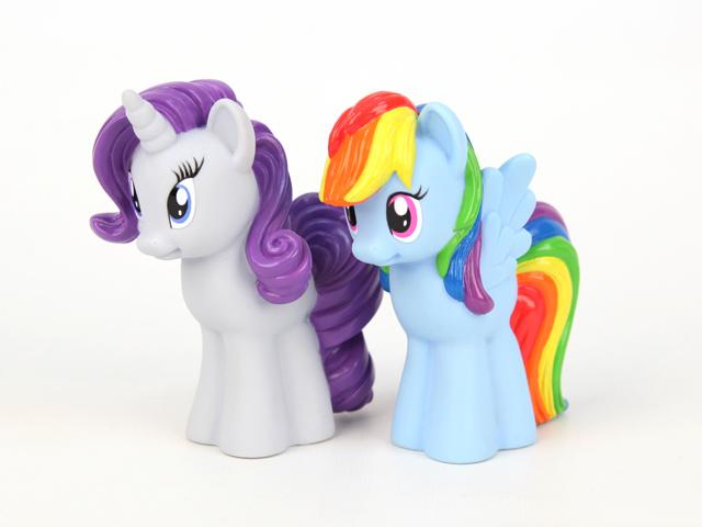 Пони Радуга и РаритиМоя маленькая пони (My Little Pony)<br>Пони Радуга и Рарити<br>