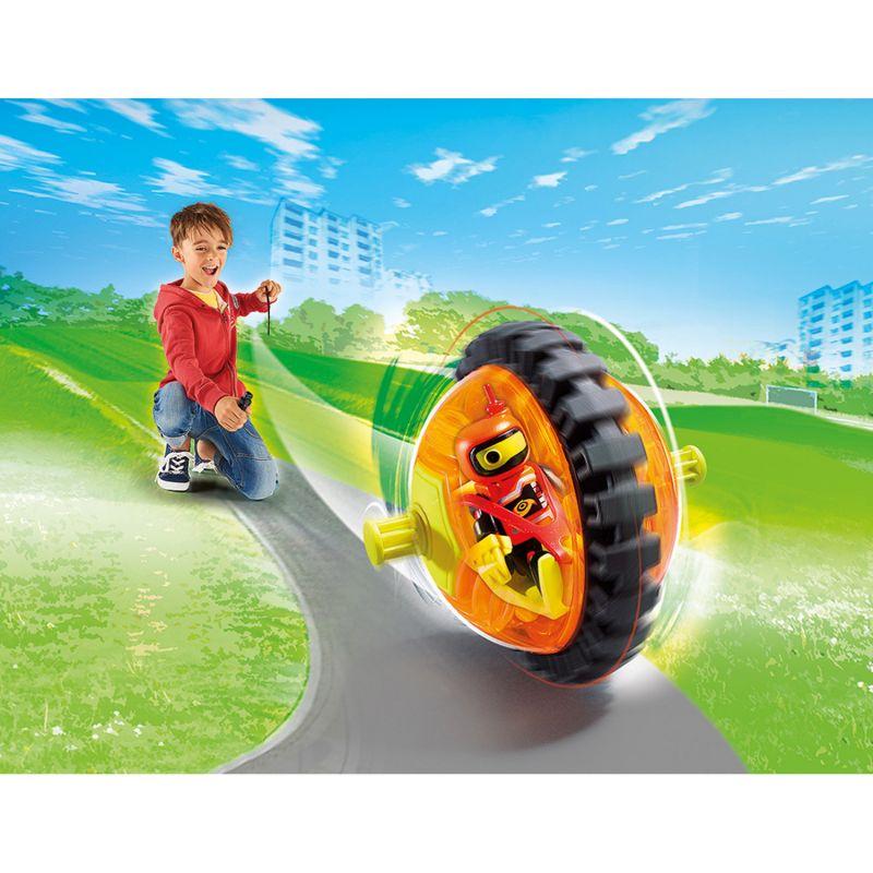 Игровой набор – Оранжевый гонщик на роликах