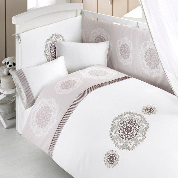 Комплект постельного белья и спальных принадлежностей из 6 предметов серии RoyalДетское постельное белье<br>Комплект постельного белья и спальных принадлежностей из 6 предметов серии Royal<br>