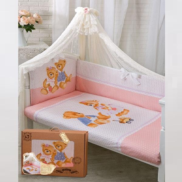 Комплект в кроватку – Sweety Bear, 7 предметов, розовыйДетское постельное белье<br>Комплект в кроватку – Sweety Bear, 7 предметов, розовый<br>
