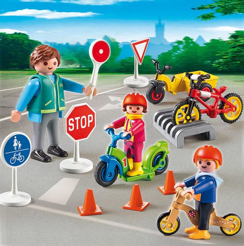 Игровой набор Детский сад  Дети с воспитателем по ПДД - Конструкторы Playmobil, артикул: 159066
