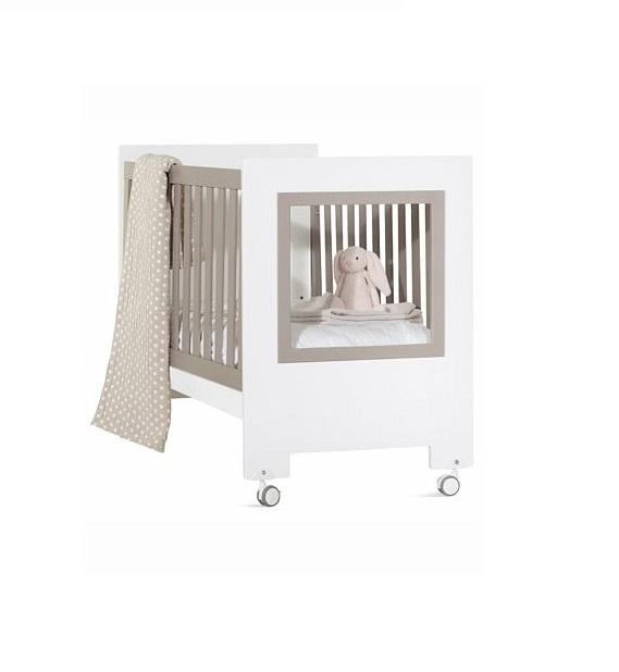 Кроватка детская из серии Le Chic, белая с серыми вставкамиДетские кровати и мягкая мебель<br>Кроватка детская из серии Le Chic, белая с серыми вставками<br>