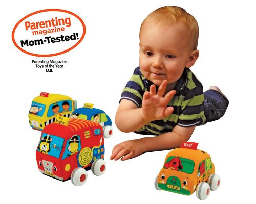 Машинки мгкие, 4 шт.Развиващие игрушки Tiny Love<br>Прекрасный набор из 4-х автомобилей дл веселой игры. Все машинки инерционные. Пластикова основа снимаетс и мгкий автомобиль можно постирать...<br>