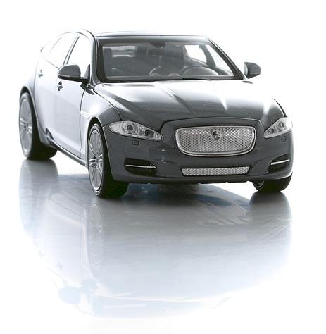 Коллекционная машинка Jaguar XJ, масштаб 1:24JAGUAR<br>Коллекционная машинка Jaguar XJ, масштаб 1:24<br>