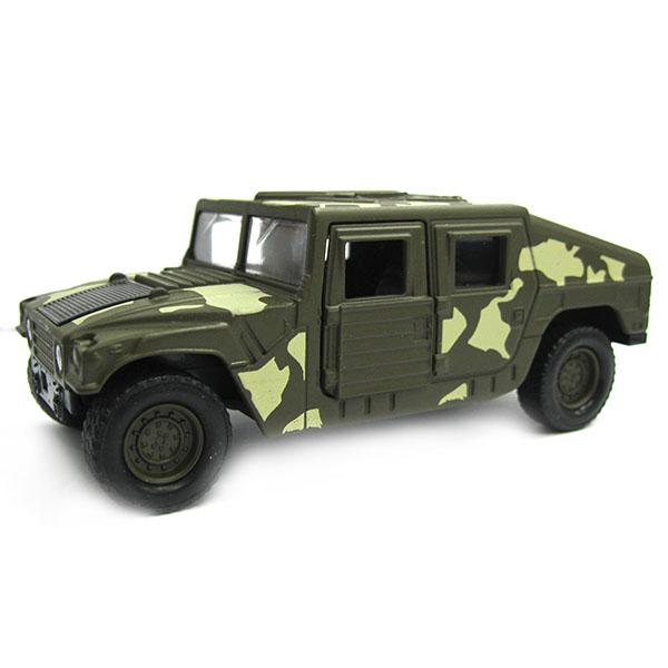 Военный бронированный автомобиль с открывающимися дверцамиВоенная техника<br>Военный бронированный автомобиль с открывающимися дверцами<br>