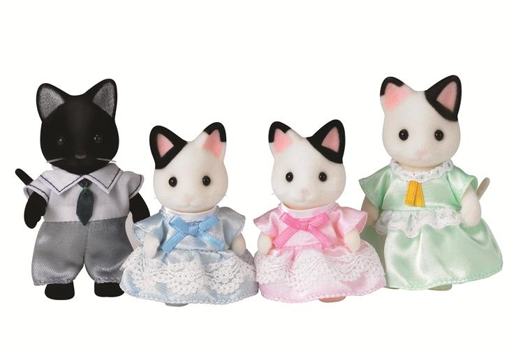 Набор Семья чёрно-белых котов из серии «Sylvanian Families»Семьи и малыши<br>Набор Семья чёрно-белых котов из серии «Sylvanian Families»<br>
