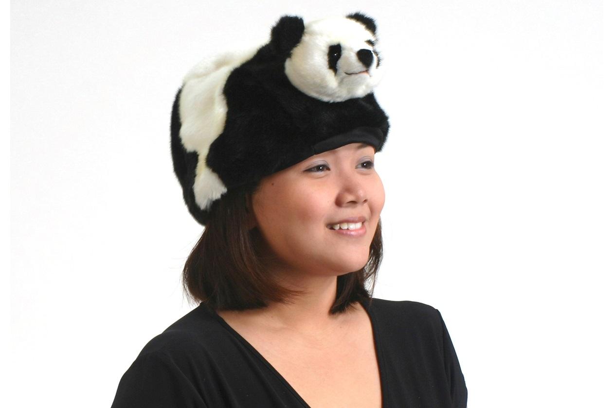 Купить Мягкая шапка Панда, 32 см., Hansa