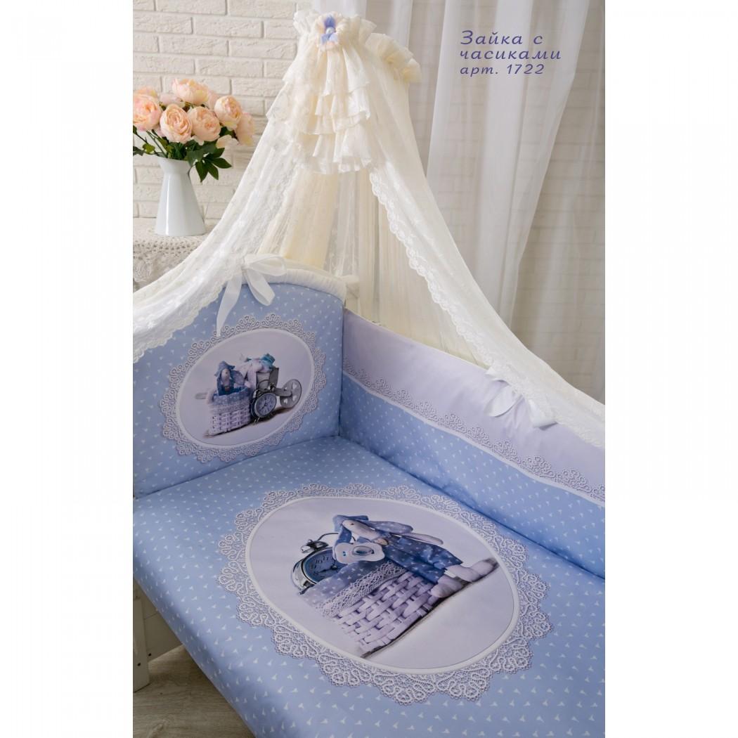 Комплект в кроватку – Зайка с часиками, 7 предметов, голубойДетское постельное белье<br>Комплект в кроватку – Зайка с часиками, 7 предметов, голубой<br>