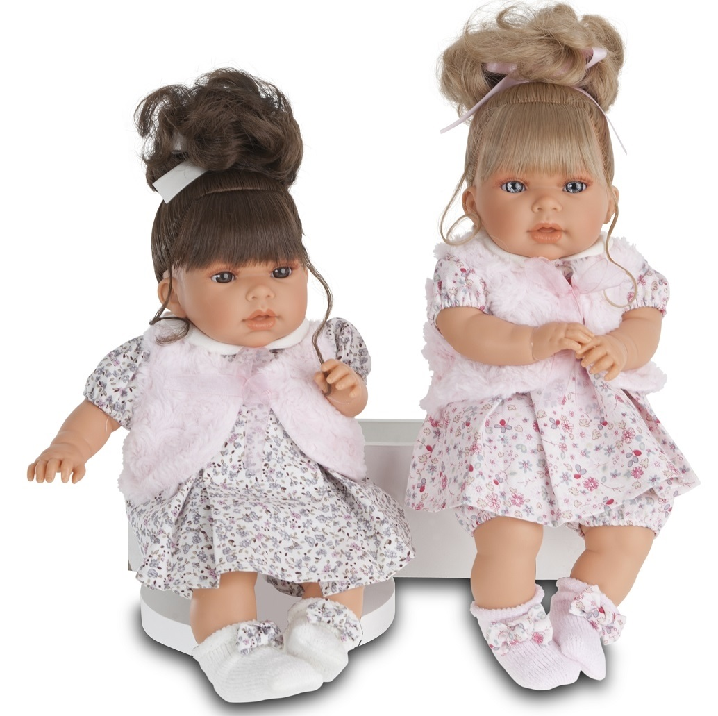 Кукла Лучия в белом, озвученная, 37 см.Куклы Антонио Хуан (Antonio Juan Munecas)<br>Кукла Лучия в белом, озвученная, 37 см.<br>