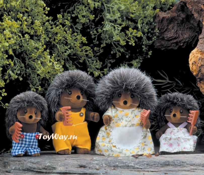 Sylvanian Families - Семья ЕжиковСемьи и малыши<br>В набор входят: мама и папа (8 см), дочка и сын...<br>