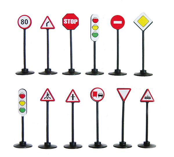 Игровой набор - Дорожные знаки, 12 шт.Знаки дорожного движения, светофоры<br>Игровой набор - Дорожные знаки, 12 шт.<br>
