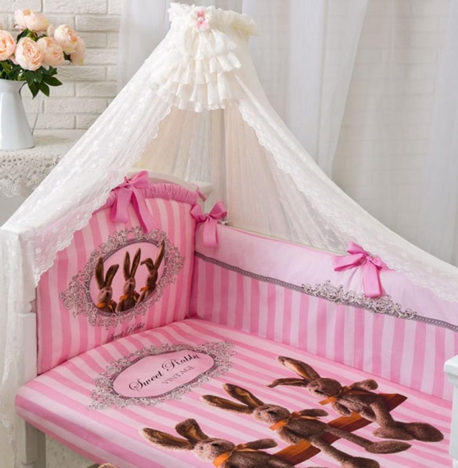 Комплект в кроватку – Sweet Rabbit, 7 предметов, розовыйДетское постельное белье<br>Комплект в кроватку – Sweet Rabbit, 7 предметов, розовый<br>