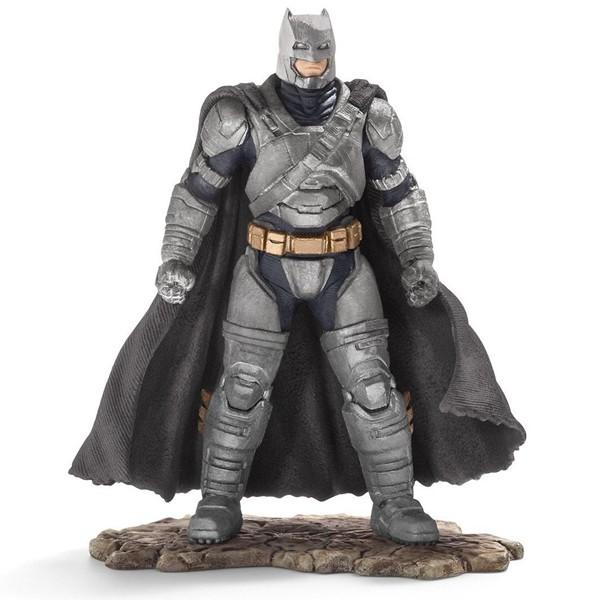 Фигурка Бэтмэна – герой комиксов Бэтмэн и СупермэнБэтмен против Супермена<br>Фигурка Бэтмэна – герой комиксов Бэтмэн и Супермэн<br>