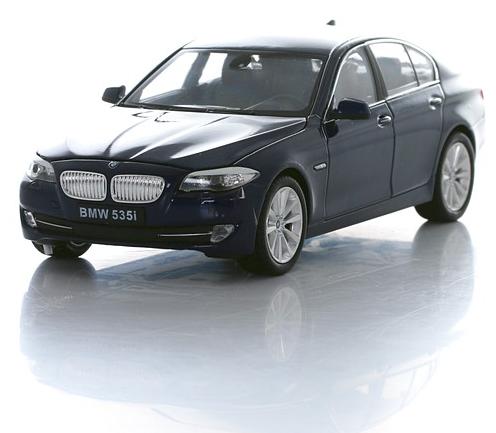 Коллекционная машинка BMW 535i, масштаб 1:24BMW<br>Коллекционная машинка BMW 535i, масштаб 1:24<br>