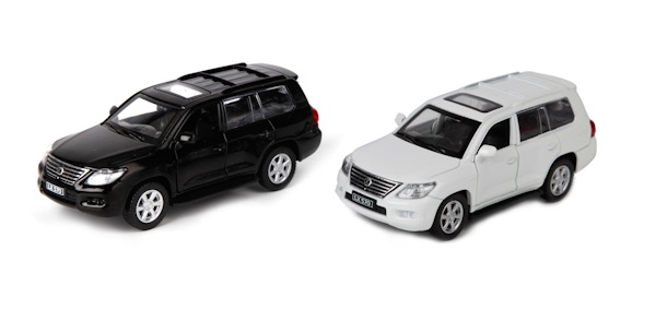 Купить со скидкой Машина металлическая инерционная - Lexus LX570