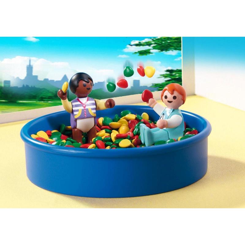 Игровой набор Детский сад  Игровая площадка с шариками - Конструкторы Playmobil, артикул: 159067