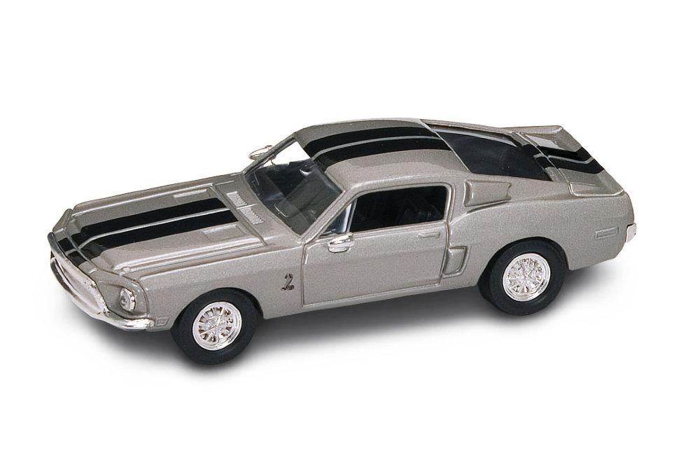 Коллекционная модель автомобиля 1968 года - Шелби GT-500KR, 1/43Винтажные модели<br>Коллекционная модель автомобиля 1968 года - Шелби GT-500KR, 1/43<br>