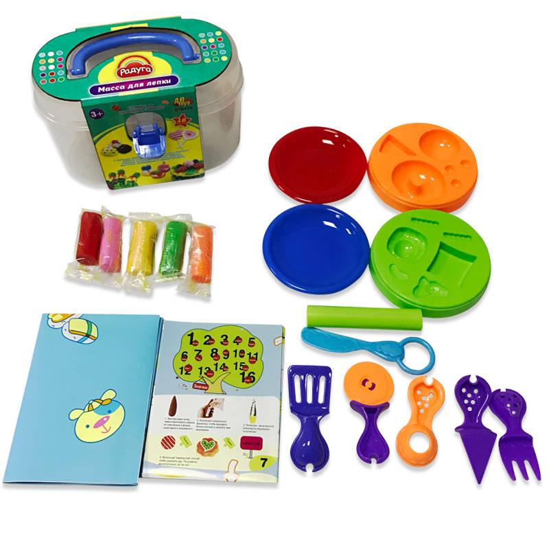Масса для лепки - 5 разноцветных баночек с тематическими аксессуарами, в чемоданчикеНаборы для лепки<br>Масса для лепки - 5 разноцветных баночек с тематическими аксессуарами, в чемоданчике<br>