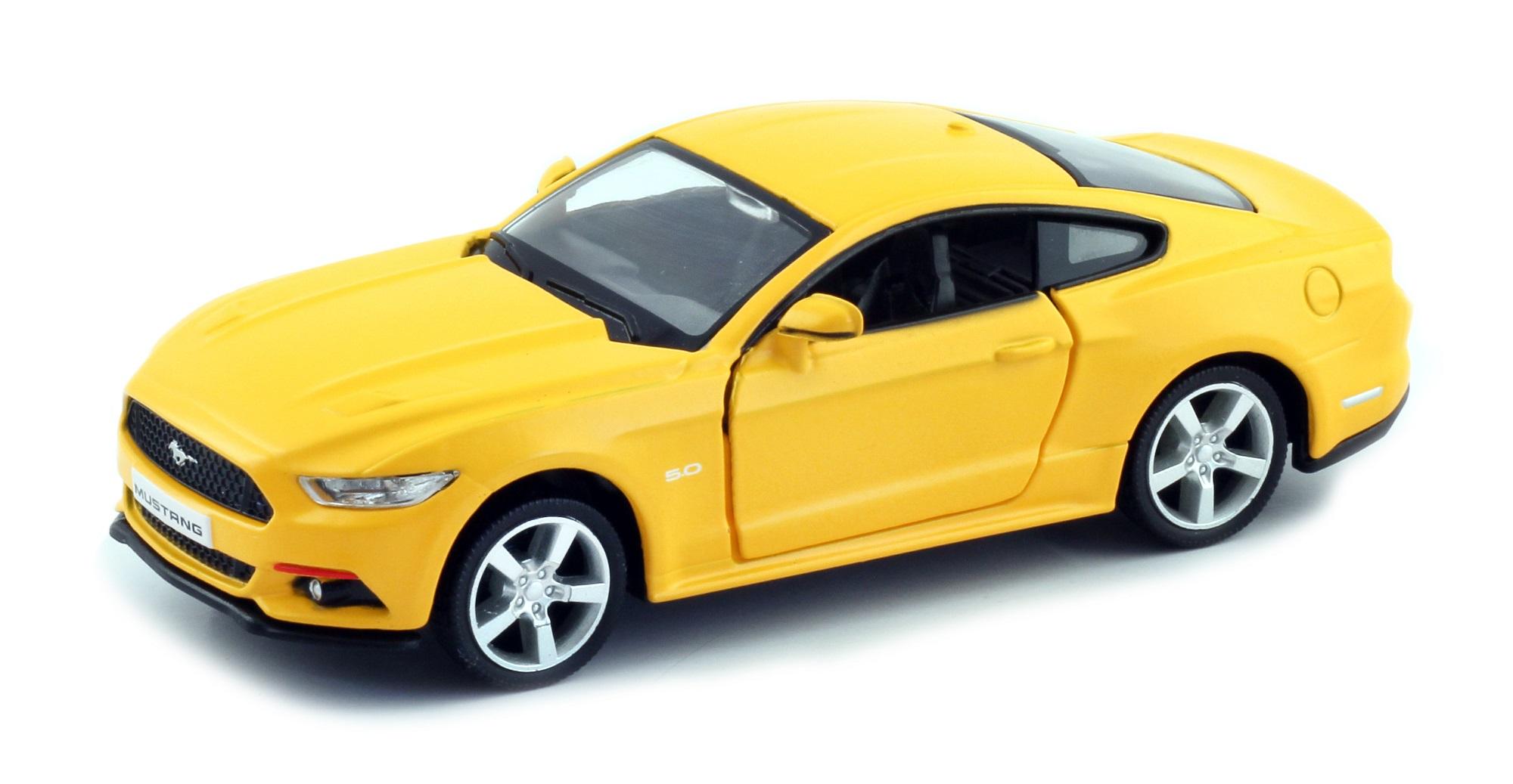 Металлическая машина - Ford Mustang 2015, 1:64, матовый желтый фото