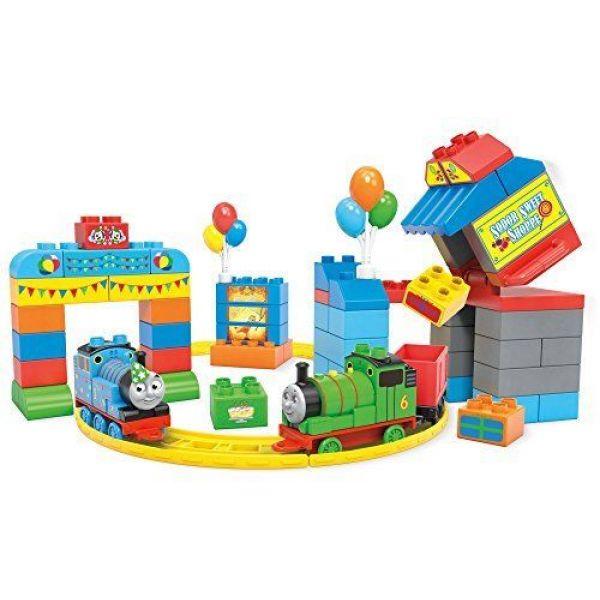 Набор  День Рождения Томаса  из серии Mega Bloks  Томас и его друзья  - Конструкторы Mega Bloks, артикул: 129956