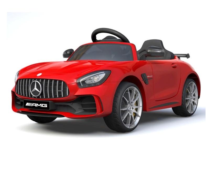 Электромобиль Mercedes-Benz GTR красного цвета