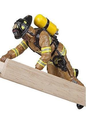 Фигурка пожарногоПожарная техника, машины<br>Фигурка пожарного<br>