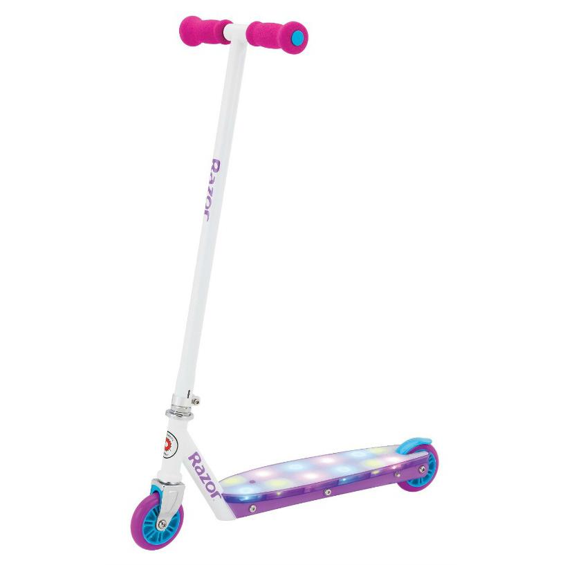Самокат RAZOR Party Pop, фиолетовый, 084109Двухколесные самокаты<br>Самокат RAZOR Party Pop, фиолетовый, 084109<br>