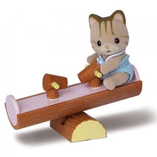 Набор «Игрушка младенец в пластиковом сундучке» - Игрушки Sylvanian Families, артикул: 28223