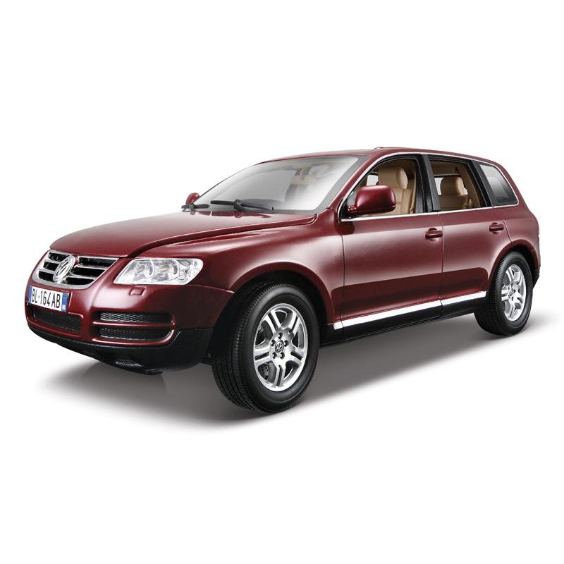 Bburago Коллекционная металлическая машинка Volkswagen Touareg, масштаб 1: 18