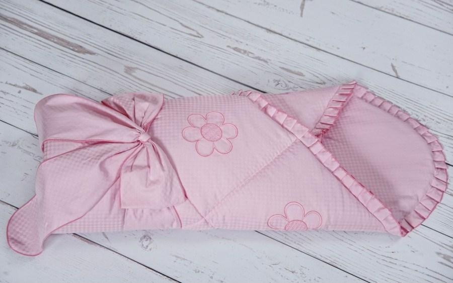 Конверт - одеяло на выписку - Ромашки, весна, розовыйКомплекты на выписку<br>Конверт - одеяло на выписку - Ромашки, весна, розовый<br>