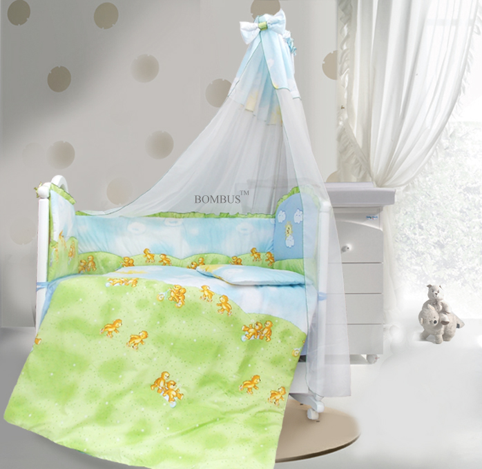 Комплект в кроватку - Солнечный денек, 7 предметов, голубойДетское постельное белье<br>Комплект в кроватку - Солнечный денек, 7 предметов, голубой<br>
