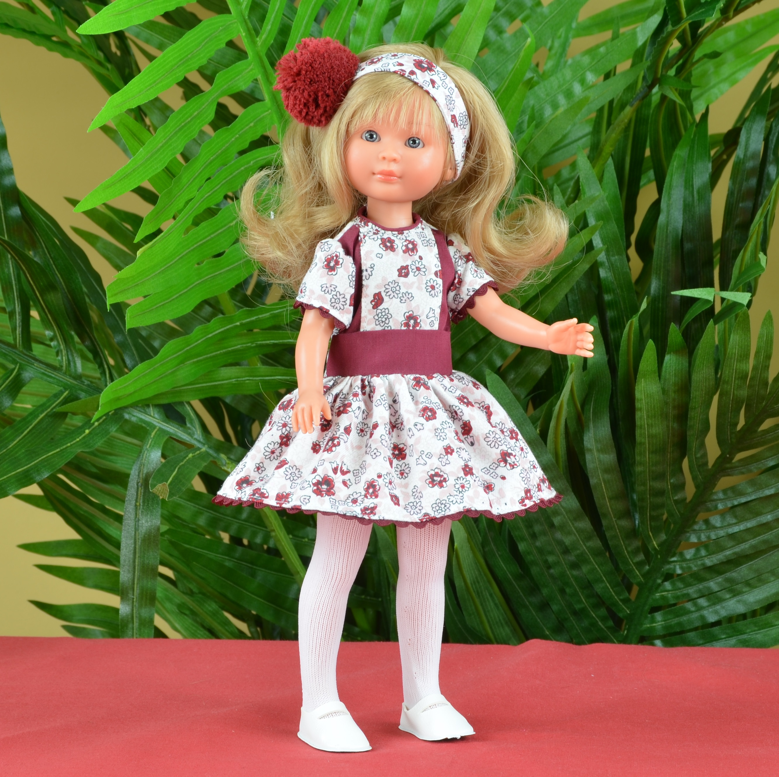 Кукла Селия в бордовом платье, 30 см.Куклы ASI (Испания)<br>Кукла Селия в бордовом платье, 30 см.<br>
