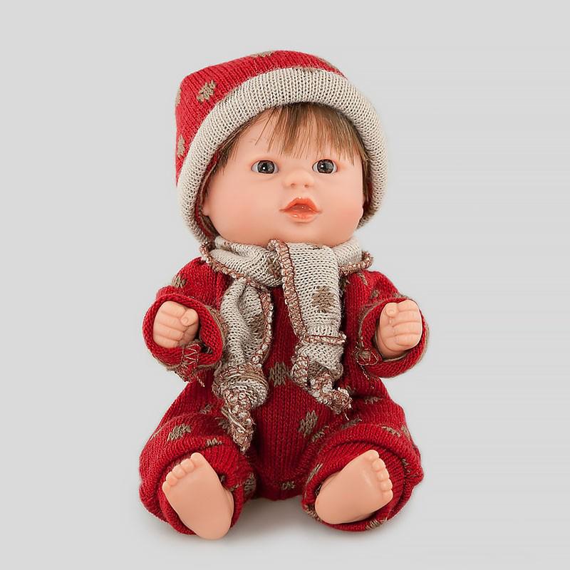 Кукла Бебетин в комбинезоне с шапкой и шарфиком, 21 см - Скидки до 70%, артикул: 143465
