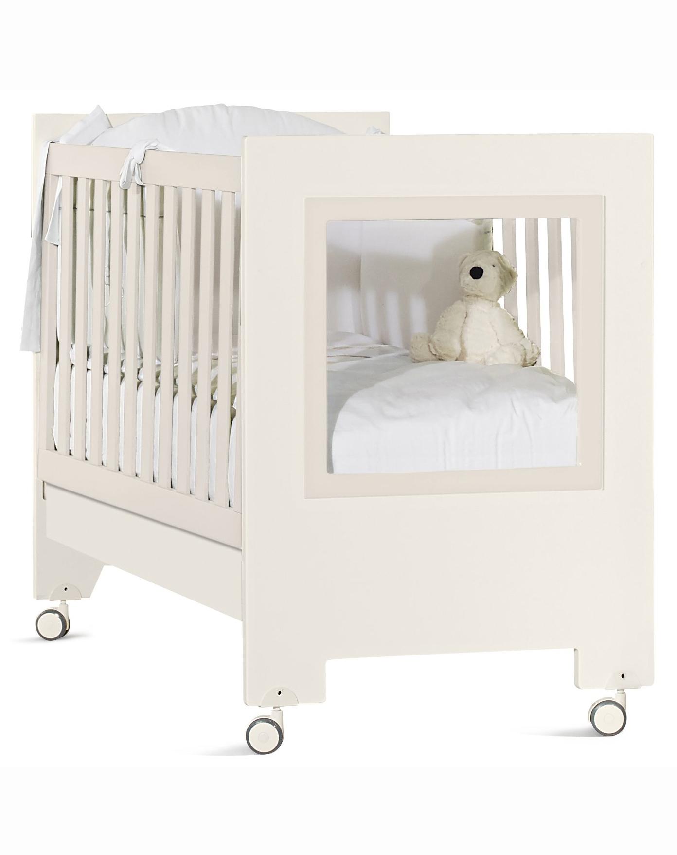 Кроватка детская - Le ChicДетские кровати и мягкая мебель<br>Кроватка детская - Le Chic<br>