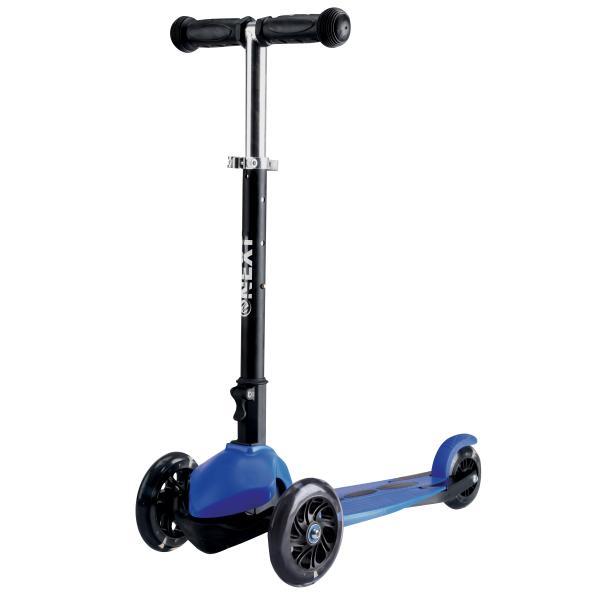 Трехколесный складной самокат, светящиеся колеса 12 и 9 см, черно-синийТрехколесные самокаты<br>Трехколесный складной самокат, светящиеся колеса 12 и 9 см, черно-синий<br>