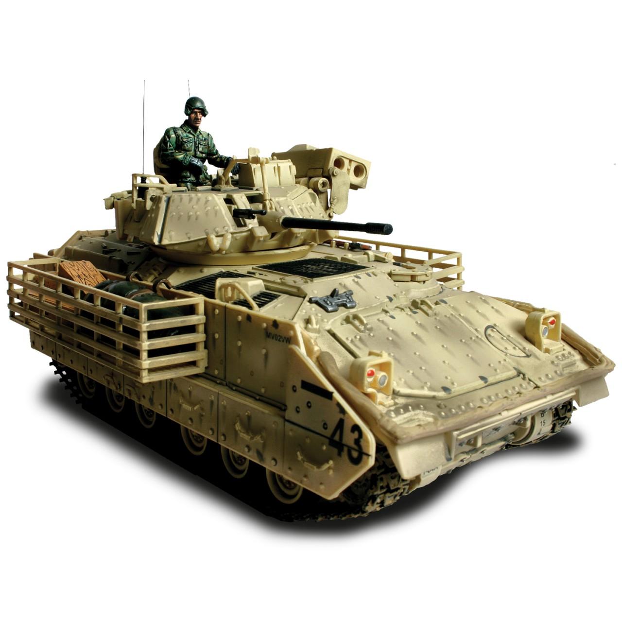 Коллекционная модель - танк M3A2 Bradley 2003, США, 1:32Военная техника<br>Коллекционная модель - танк M3A2 Bradley 2003, США, 1:32<br>